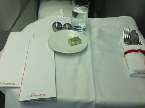 Alitalia B777-200ER Magnifica Business Class25