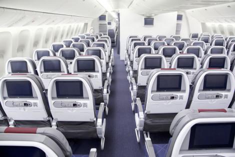 AA 777-300ER Economy 2