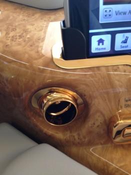 Emirates First Class A38001