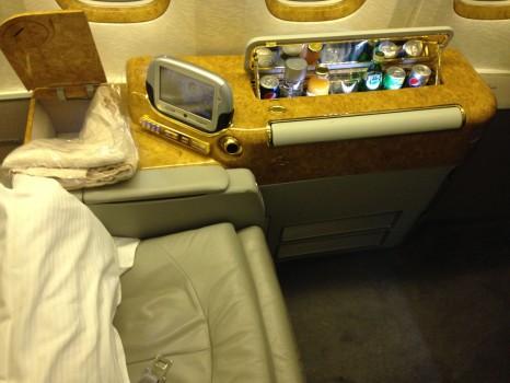Emirates First Class DXB - Malé (MLE) B777-200LR02