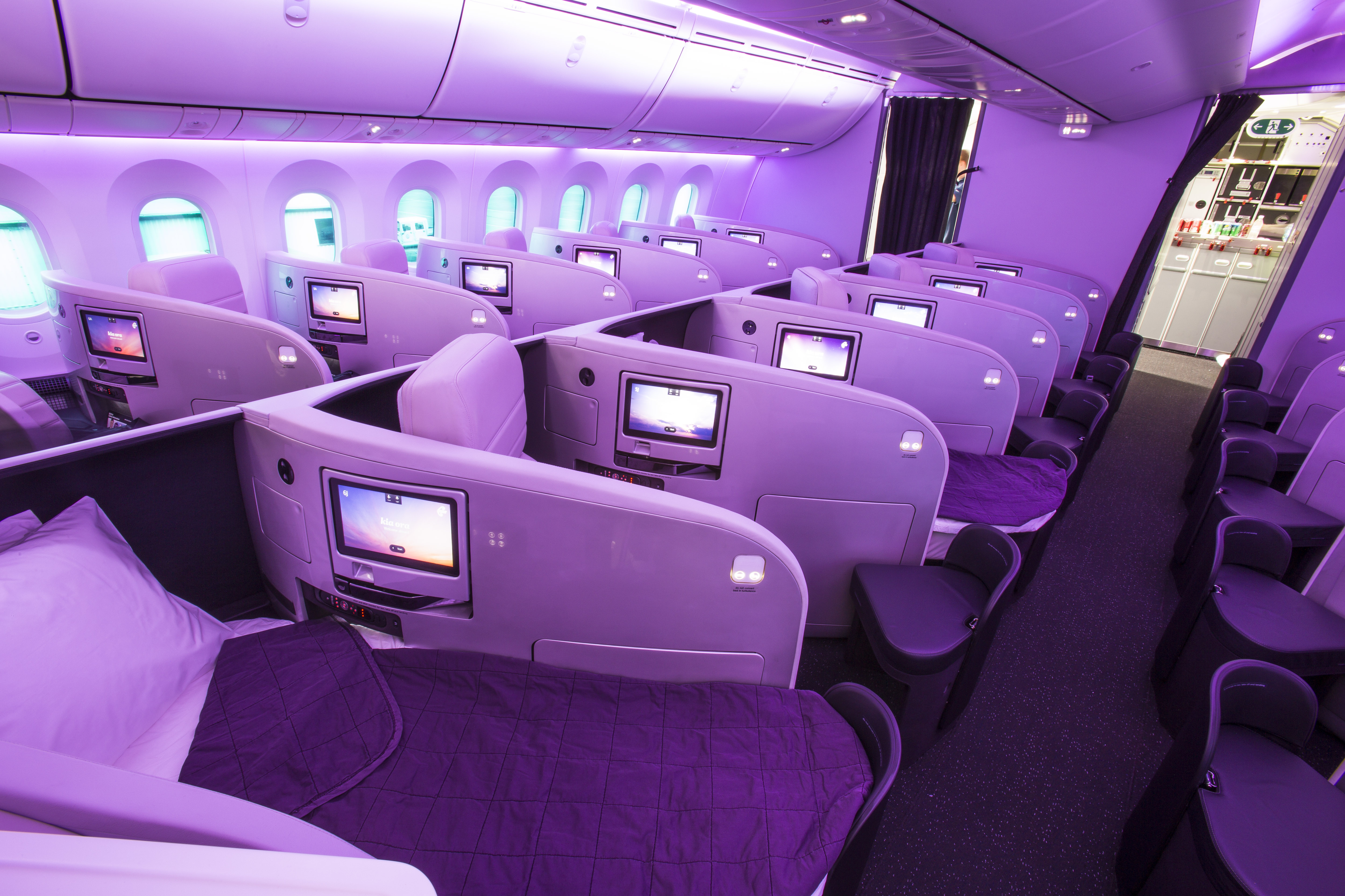 look inside the awesome new air new zealand b787-9 cabin