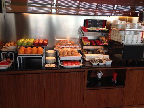 Iberia Velázquez VIP Lounge – Madrid Terminal 4S14