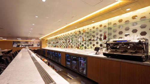 Qantas First Class LAX Lounge 3