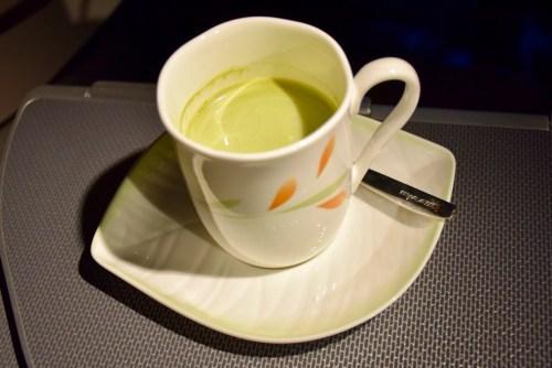 EVA Air Royal Laurel Class - Matcha Milk Tea