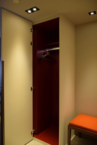 Grand Hyatt Taipei - Grand Suite Twin Entryway Closet