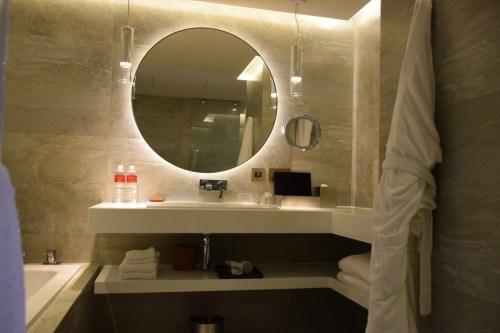 Grand Hyatt Taipei - Grand Suite Twin Vanity