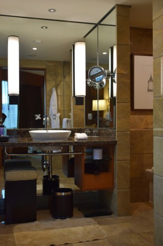 Conrad Bangkok Executive Corner King Room - Bathroom