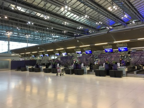 Thai Airways Royal Silk Check-in Area
