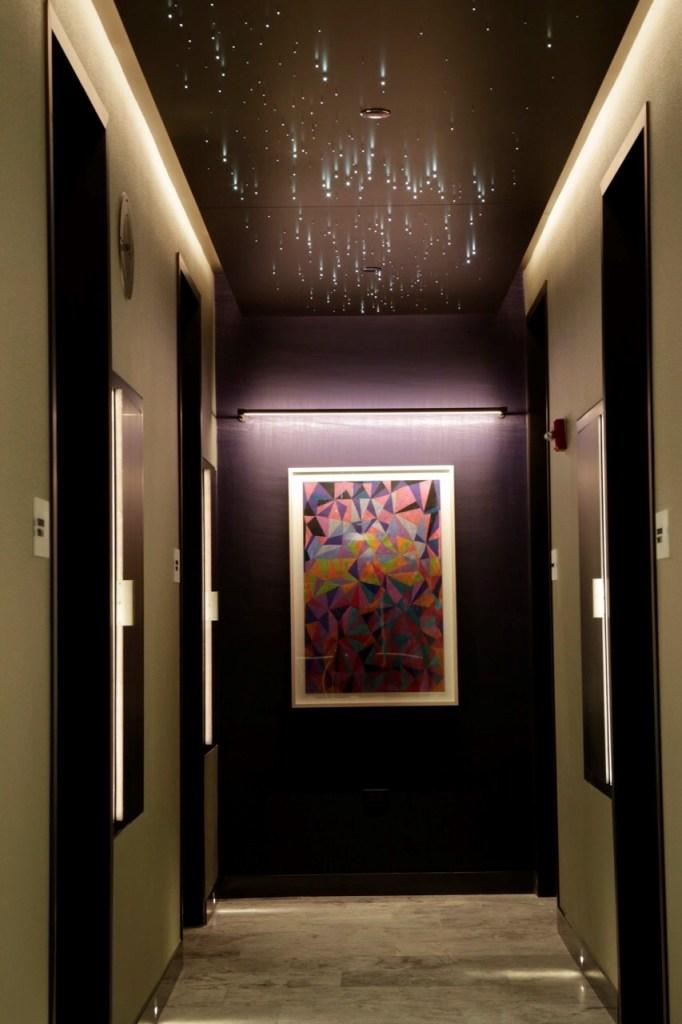 United Polaris Lounge Chicago O'Hare Hallway. Source: United