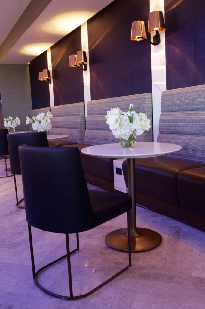 United Polaris Lounge Chicago O'Hare Dining Area. Source: United