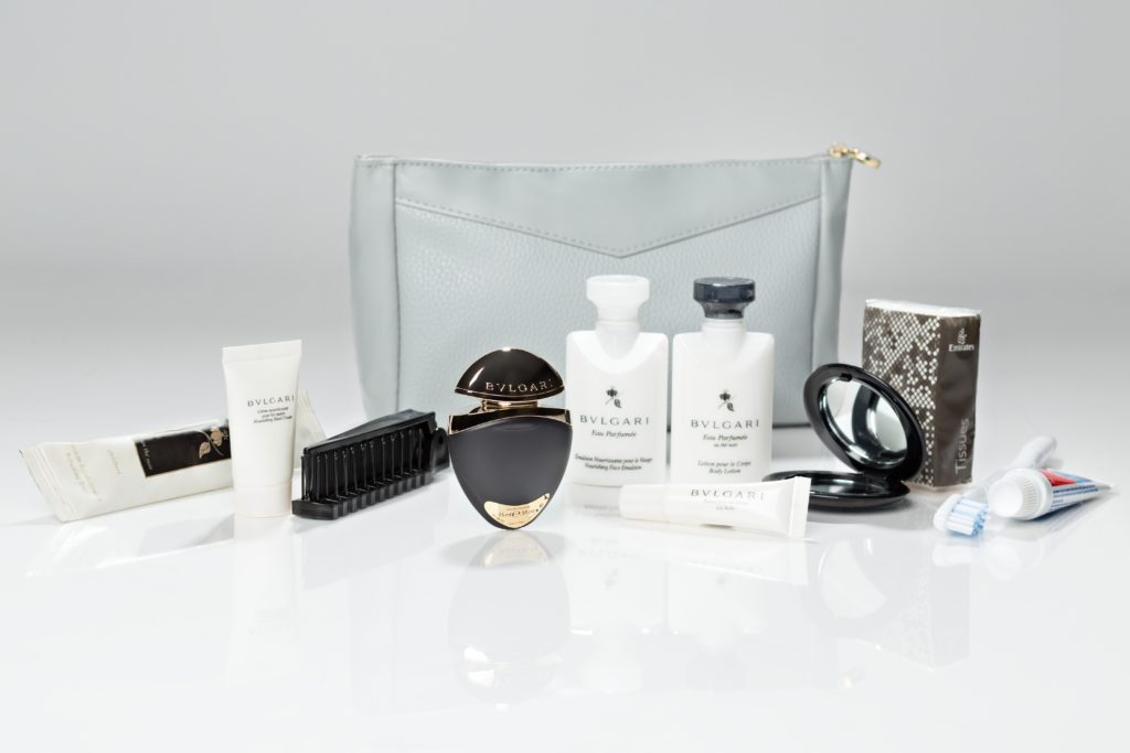 The new Emirates First Class amenity kit for ladies. Photo by Emirates.