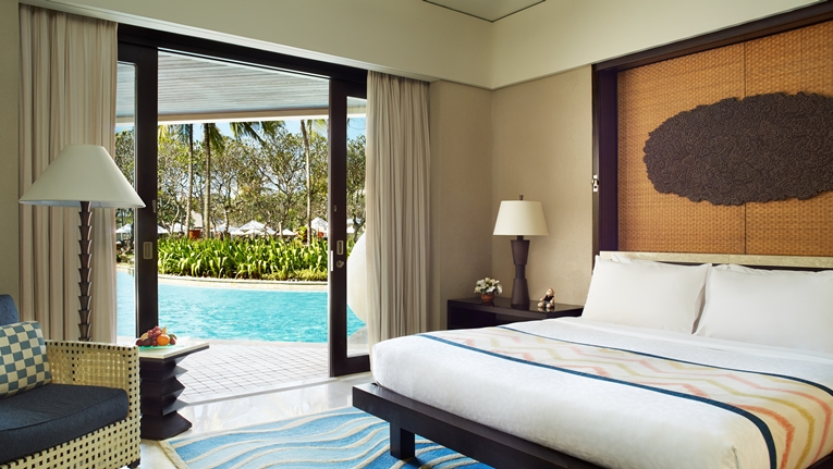 The Conrad Bali King Deluxe Lagoon Room. Photo coutresy of hotel.