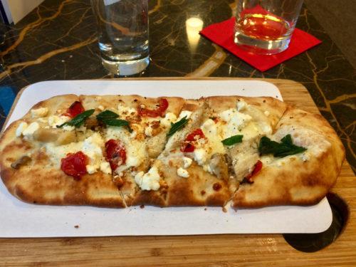 VS Clubhouse JFK flatbread — tastes better than it looks