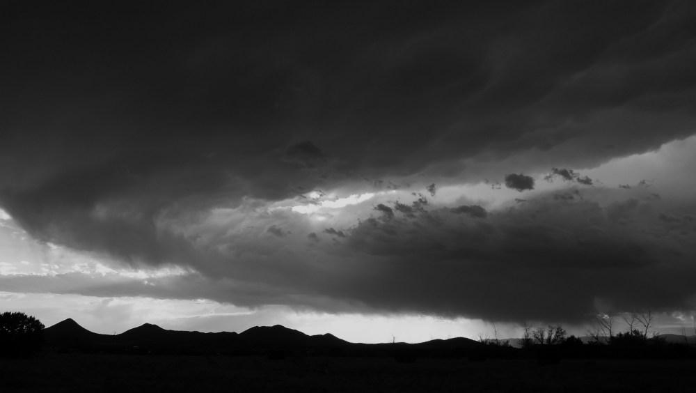 Cloudy skies... (4/6)