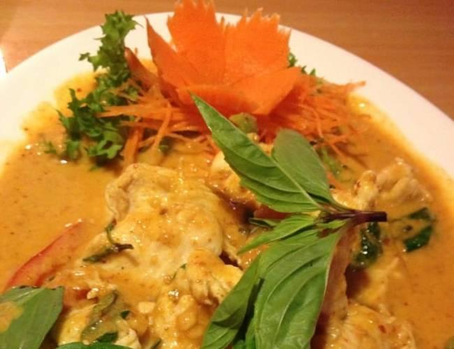 Pompano Beach Lighthouse Point Restaurants Dining Curry Pad Thai Sushi Thai Restaurant takeout
