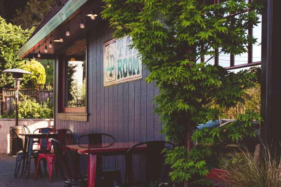 tap room point reyes restaurants
