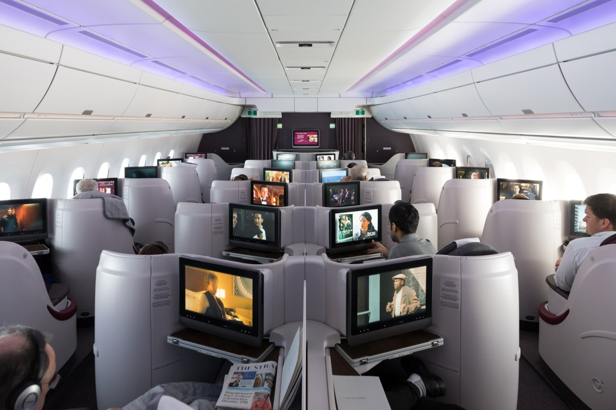 review qatar airways  business class singapore doha points   pacific