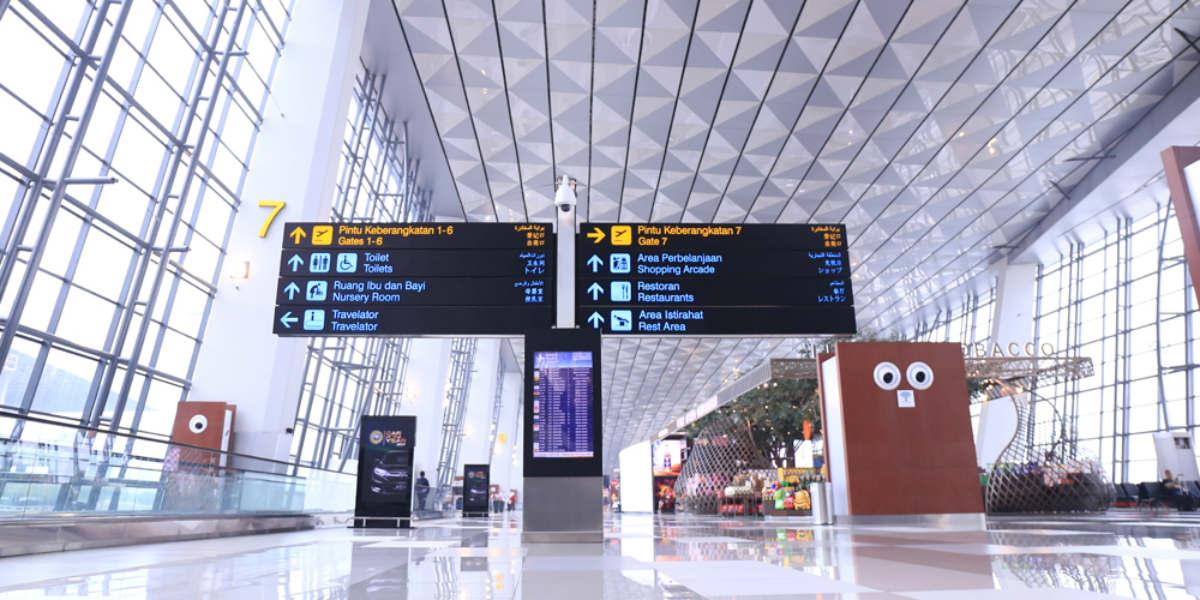 bandara luar negeri karantina