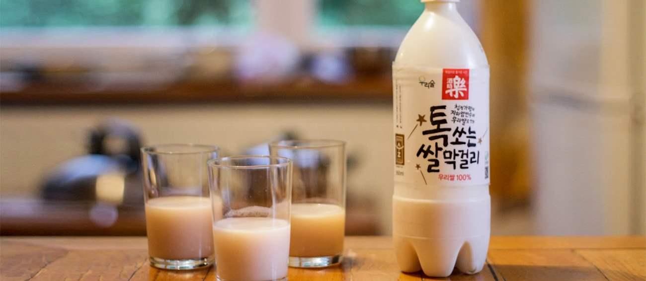 7 Minuman Khas Korea yang Nggak Kalah Menarik Selain Soju