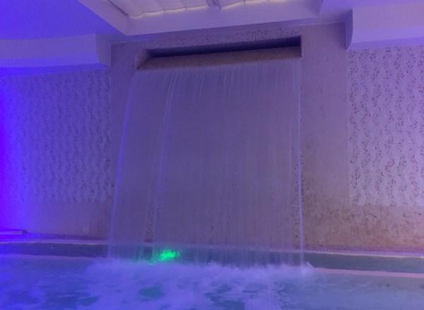 Hilton Florence Metropole Pool Waterfall