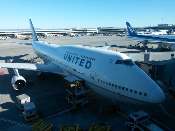 United Boeing 747 - SFO Terminal G