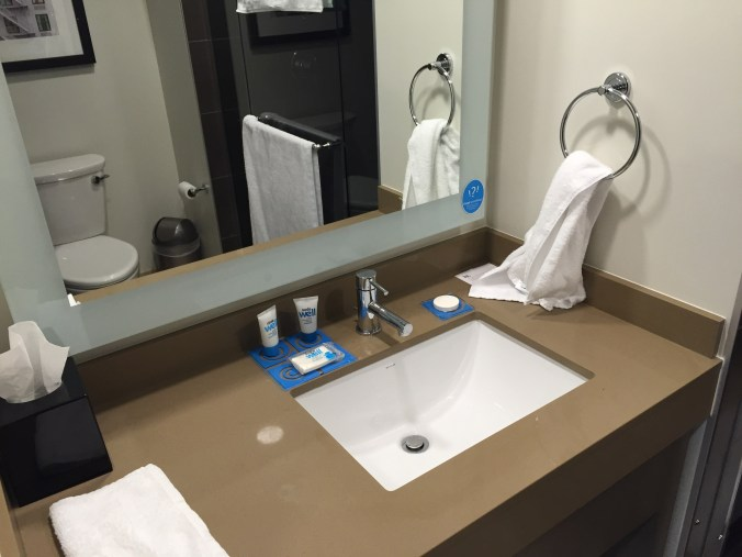 Hyatt House Portland Review - Bathroom
