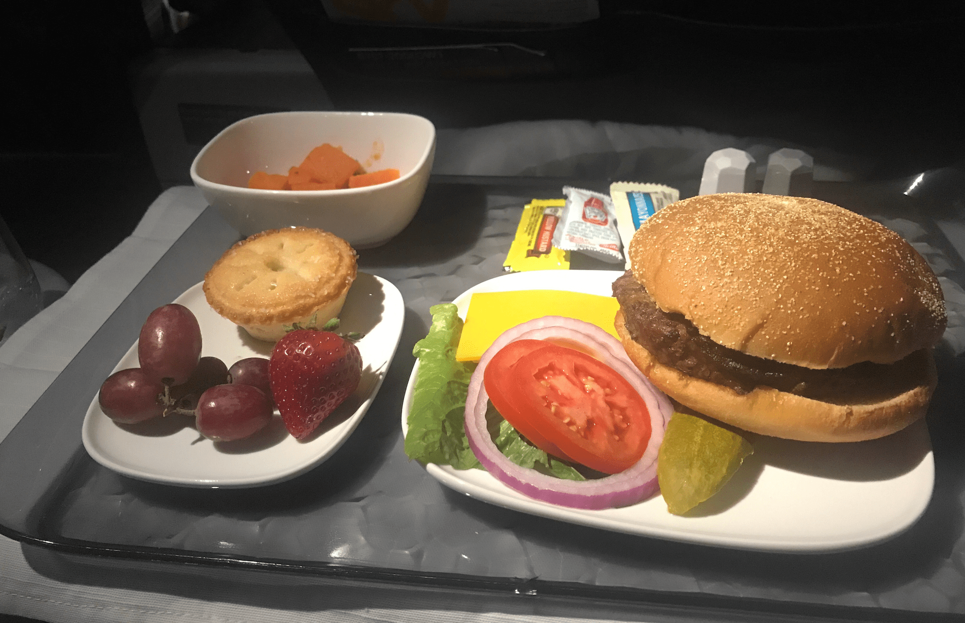 Delta First Class Hamburger Lunch Points Miles Amp Martinis