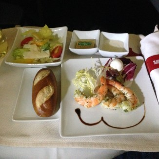 Pestro shrimp with salad