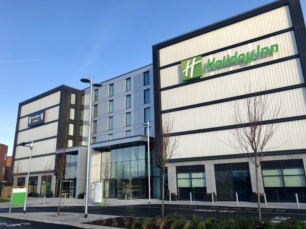 Staybridge Suites and Holiday Inn Heathrow Bath Road