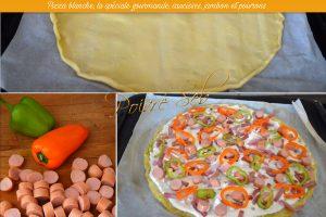 Pizza blanche, la spéciale gourmande, saucisses, jambon et poivrons préparation