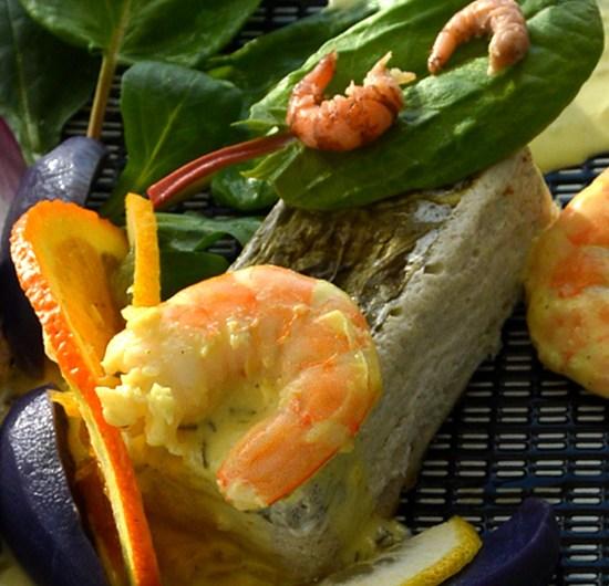 Mousseline de poisson à l'oseille, agrumes et prunelle