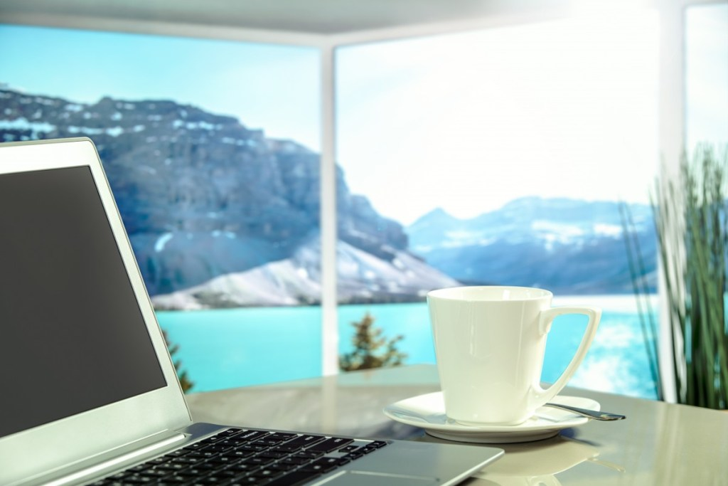 apartment_hotel_luxury_view_sea_mountains_the_sun_holiday-notebook-pocitac-vyhled-kafe