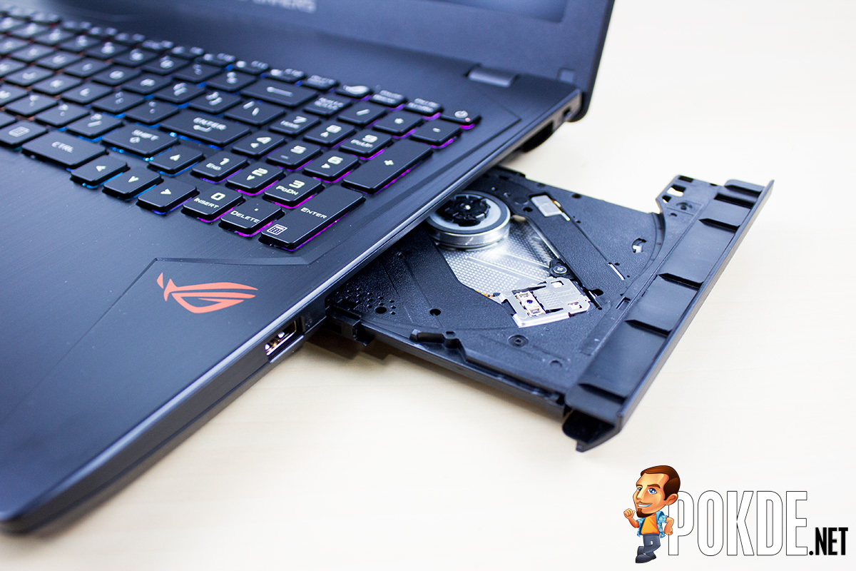 Asus Rog Strix Gl553 Review Deadly Subtle Machine Pokde Ve Im Really Not Sure Why Did Include One Of These When All The Space That It Uses Could Have Been Used For Lots Different Purposes