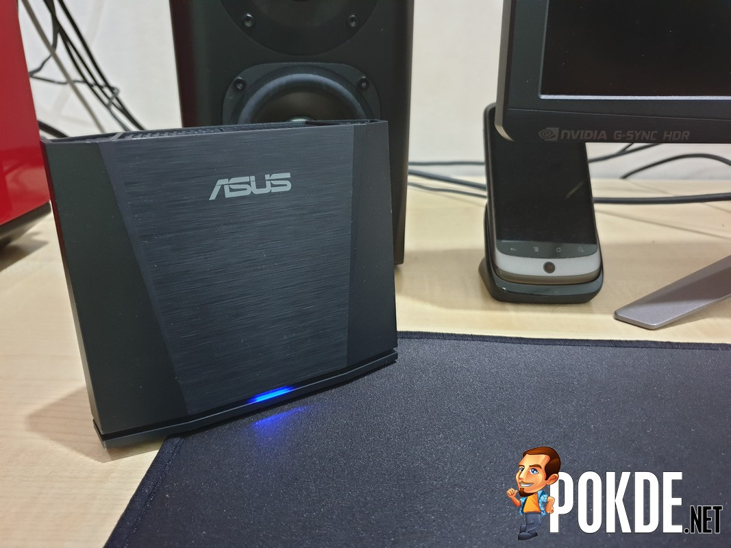 ASUS WiGig Display Dock Review - Bringing Mobile Gaming To larger