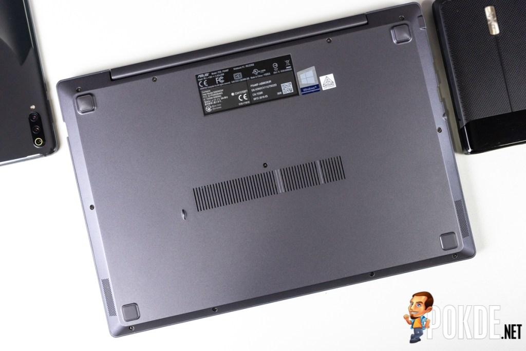ASUS ExpertBook P5440 underside