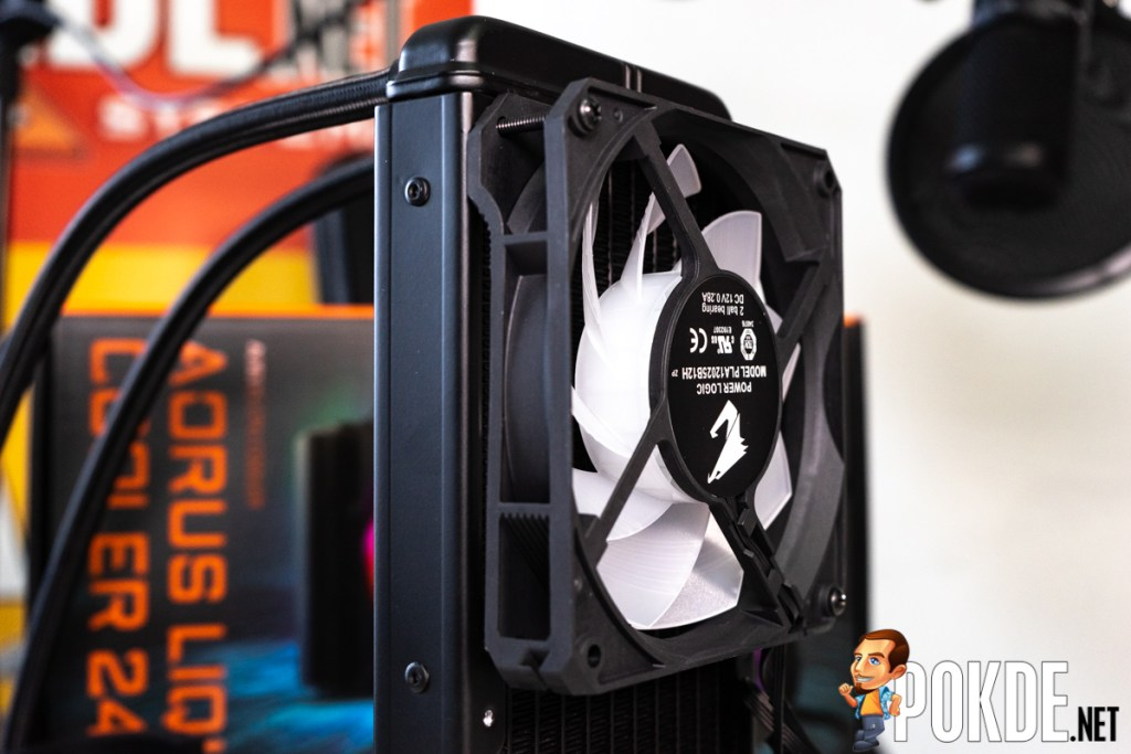 gigabyte aorus liquid cooler 240 mounting fan