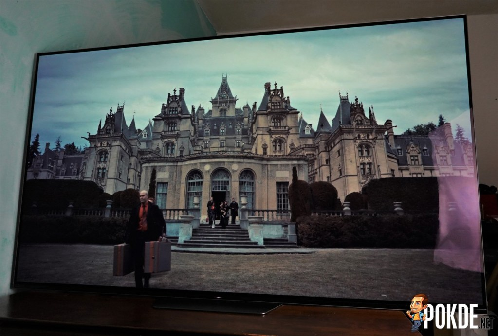 Sony A8F 4K OLED TV Review - Good for Gaming, Great for Netflix 41