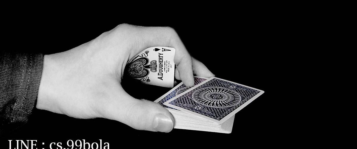 Situs poker online pertama dan terbaik