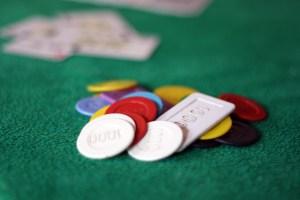 typen poker tische pokertisch karten viereckig chips