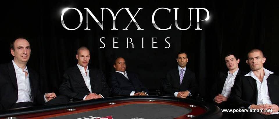 Thi đấu Poker trực tuyến online