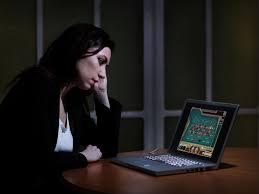 12 bước bắt đầu sự nghiệp chơi Poker trực tuyến