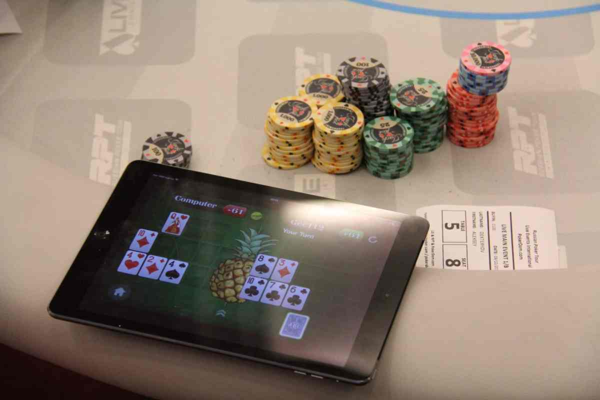 Casino, poker room review: