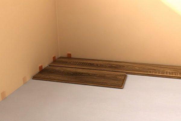 Εάν το υπόλοιπο περιθώριο έχει μήκος, περισσότερο από το ελάχιστο επιτρεπτό, τότε μπορεί να χρησιμοποιηθεί ως το πρώτο πίνακα της δεύτερης σειράς
