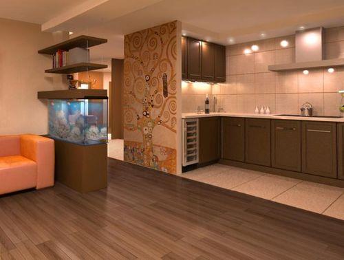Сочетание ламината и плитки на полу в кухне и коридоре