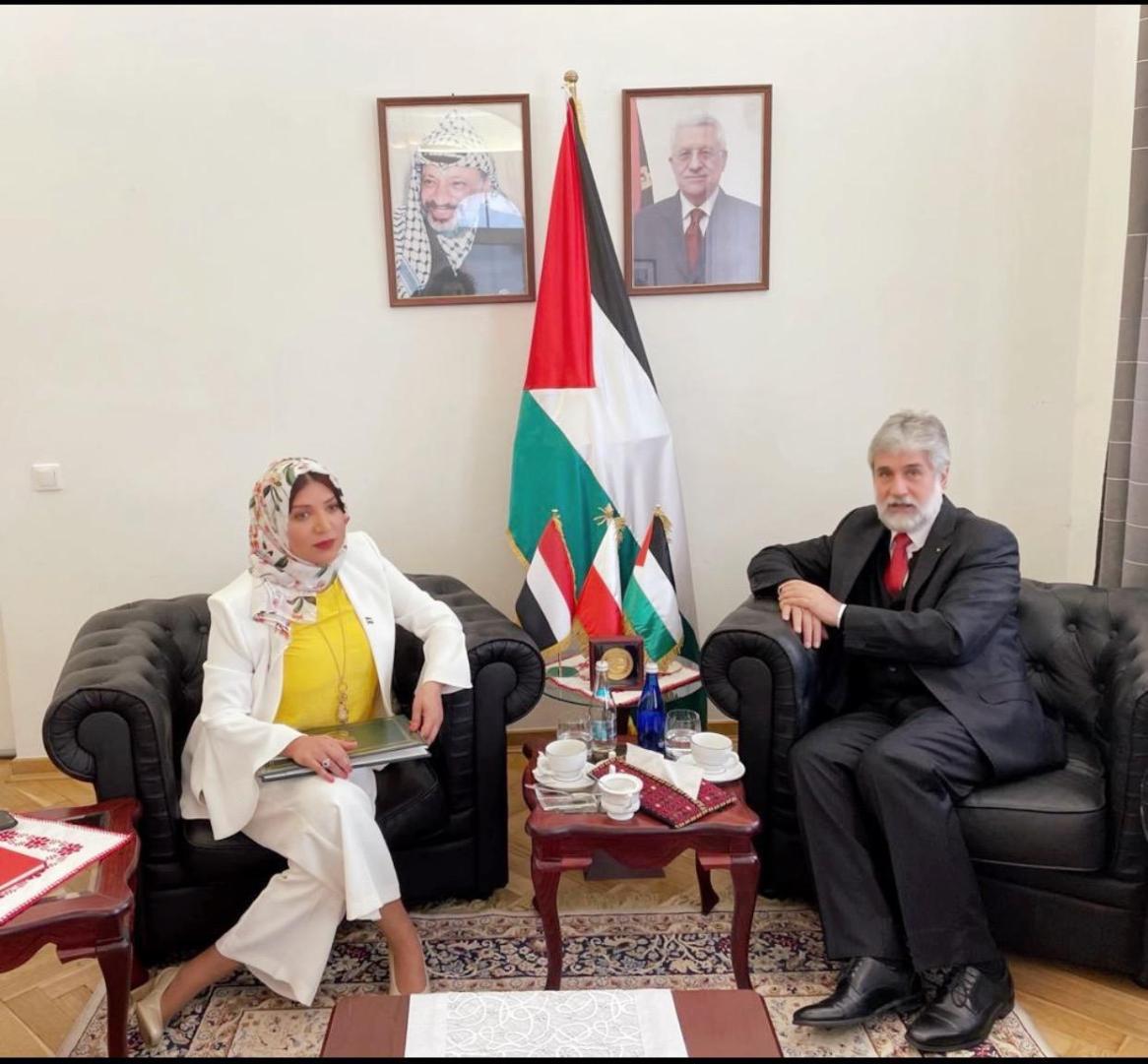 سفيرة اليمن و عميد السلك الدبلوماسي