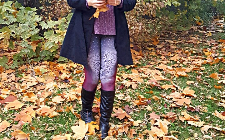 Polar Bear Style Burgundy Loose Top Burgundy Knit Scarf Cheetah Animal Print Leggings Black Trench Coat Black Boots