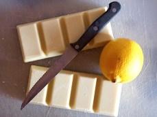 Gino with white chocolate and lemon