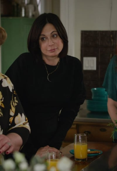 Cassie Commiserates - Good Witch Season 7 Episode 3