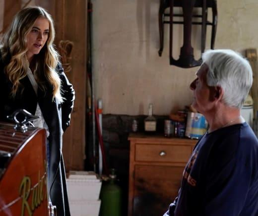 Visiting Gibbs - NCIS Season 18 Episode 16