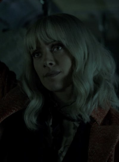 Resigned Alice - Batwoman Season 2 Episode 15